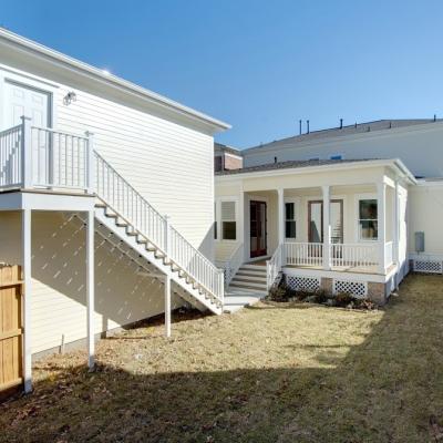 1635 Arlington backyard 1