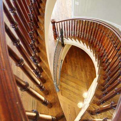 1635 Arlington staircase 3